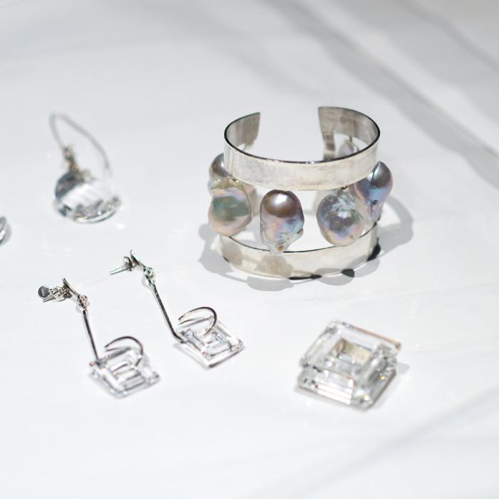 MIAIA GALLERY_DESIGNER - Aisen Chacin (Jewellery Series)_PHOTO CREDIT - Marc Tan Photography